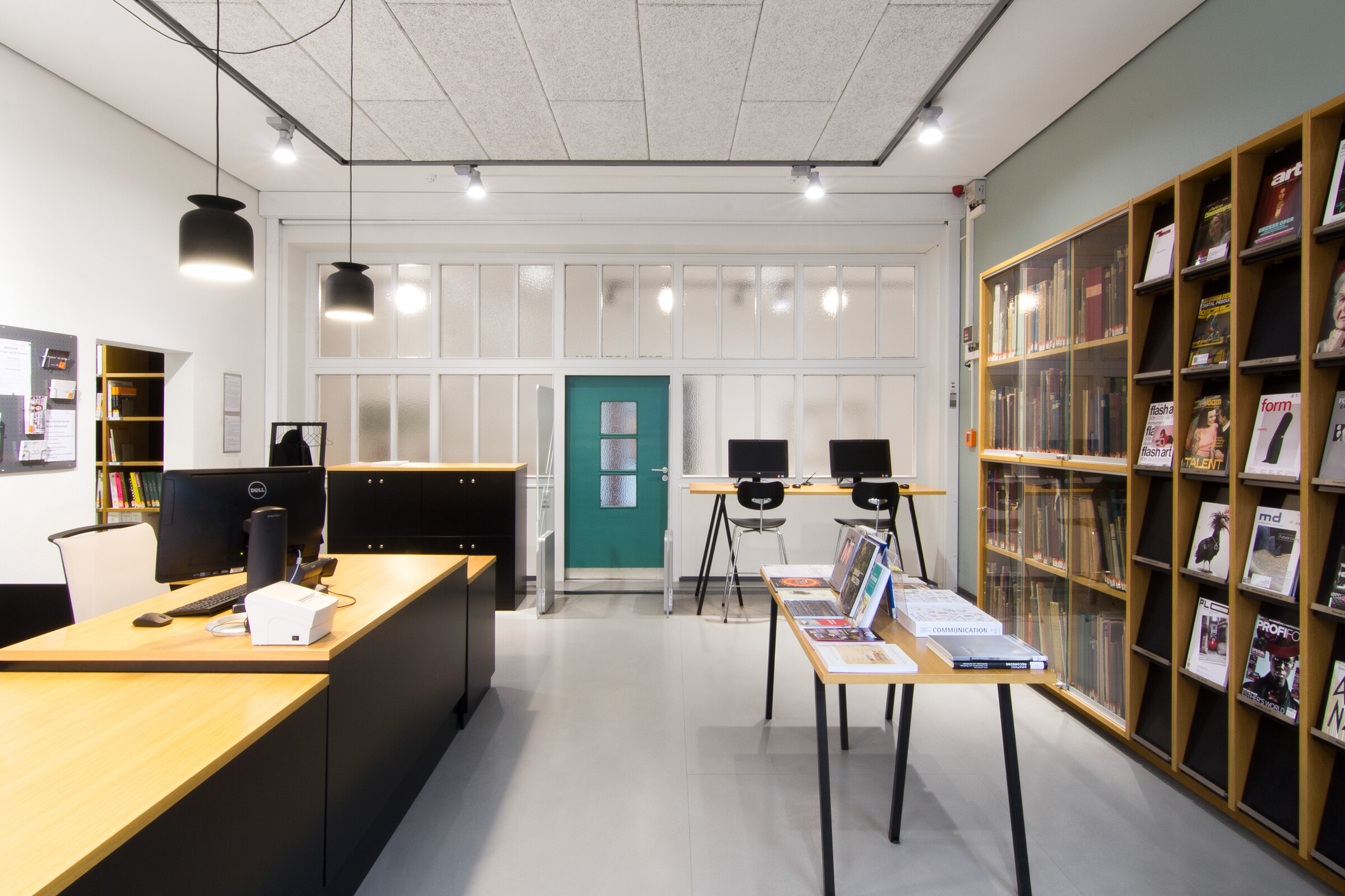 Library Of The Dortmund University Of Applied Sciences And Arts Projects Please Don T Touch